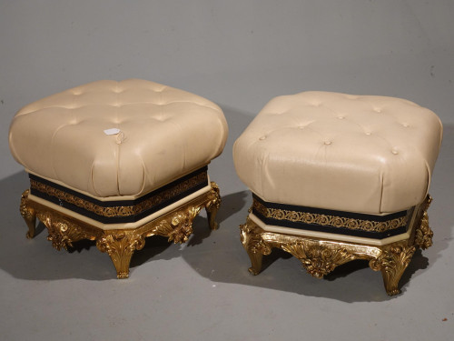 An Impressive Pair of Late 20th Century Vidal Grau Stools