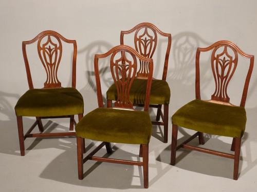 A Set of 4 George III Period Hepplewhite Mahogany Chairs