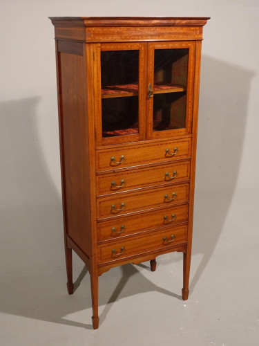 A Good Quality Edwardian Mahogany Music Cabinet