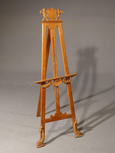 An Unusual Early 20th Century Continental Easel