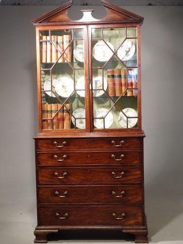 A Very Good Chippendale Period Mahogany Secretaire Bookcase