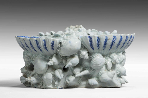 18th Century Blue and White Shell Dish