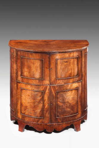 Early 19th Century Bow Front Commode