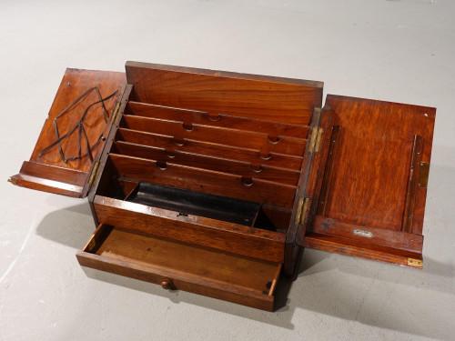 A Beautifully Figured Late 19th Century Golden Oak Writing Box