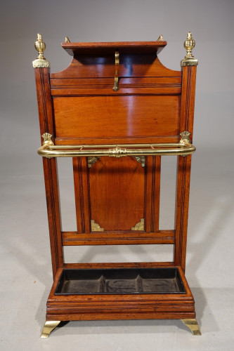 A Late 19th Century Fine Quality Oak and Brass Stick Stand