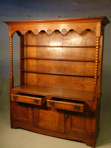 An Attractive Early 20th Century Continental Oak Dresser and Rack
