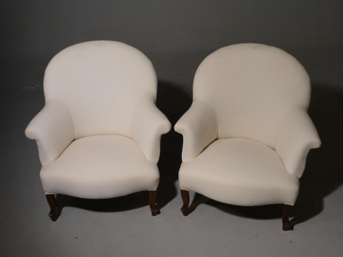 A Most Attractive Pair of Late 19th Century Club Armchairs