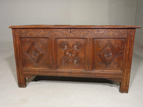 An Exceptional Early 18th Century Oak Coffer