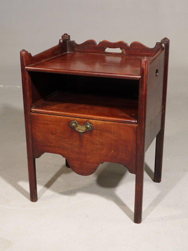 An Attractive George III Period Mahogany Night Commode