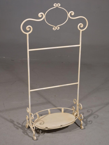 A Mid 20 Century Fine Iron Towel Stand