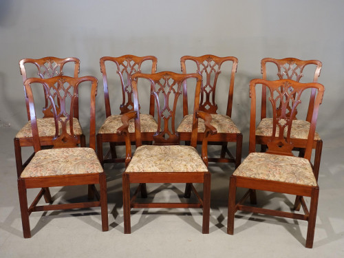 An Attractive Early 20th Century Set of 7 (6+1) Chippendale Style Mahogany Framed Chairs