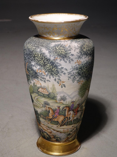 A Good Early 20th Century French Porcelain Vase