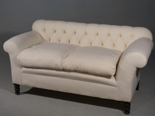 A Good Late Victorian Chesterfield Sofa