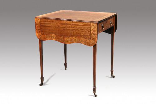 A Fine George III Period Satinwood Pembroke Table
