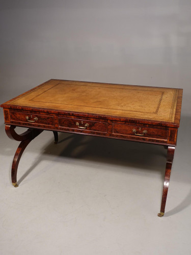 A Most Elegant 6 Drawer, Regency Style, Writing or Library Desk