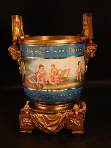 A Fine Quality Mid 19th Century Sevres Porcelain Jardinière