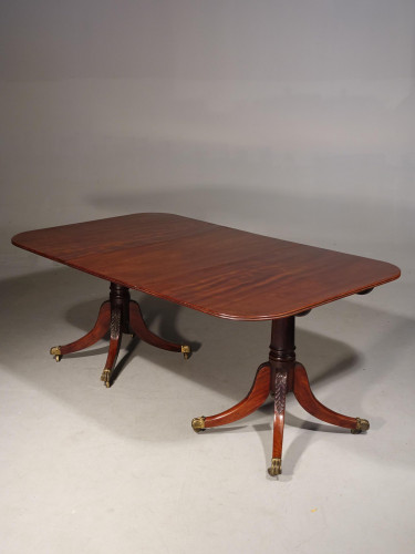 A Good George III Period Mahogany Two Pillar Dining Table