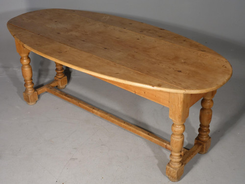 A late 19th Century Pine Wake Table