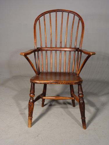A Good Early 19th Century Stick Back Windsor Chair