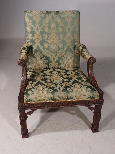 A Superbly Carved Early 20th Century Masters Gainsborough Chair