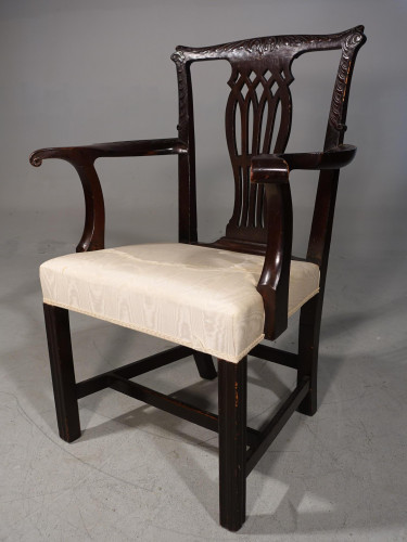 An Early 20th Century Neoclassical Mahogany Elbow Chair