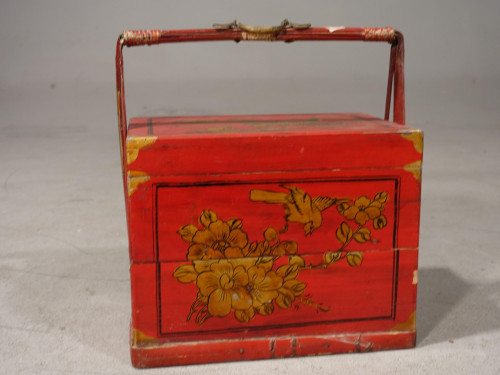An Attractive Early 20th Century Red Lacquer Picnic Basket