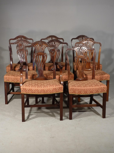 A Good Set of 8 (6+2) Mahogany Framed Chairs by Marsh, Jones and Cribb