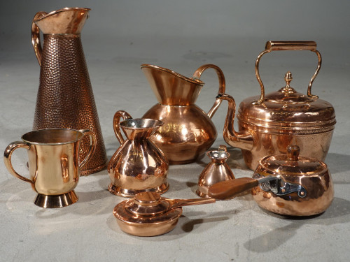 An Early 20th Century Selection of 10 Copper Items